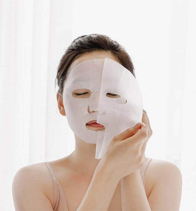 Chăm sóc da bằng đắp mặt nạ