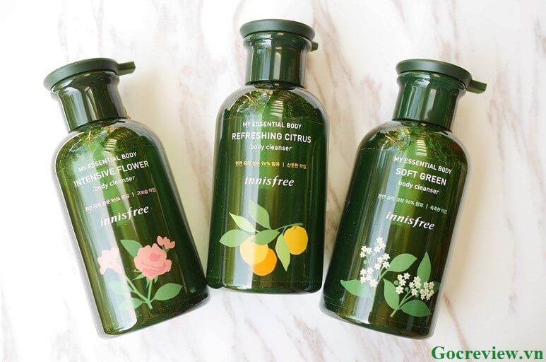 sua-tam-Innisfree-My-Essential-Body-Cleanser