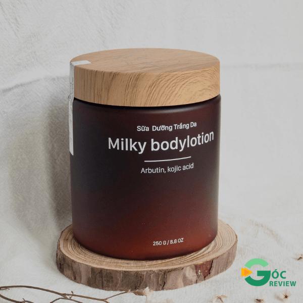 Sua-duong-the-trang-da-Freshity-Milky-Body-Lotion